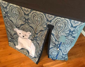 Card Table Playhouse - Polar Bear Theme (Paisley)