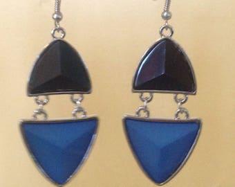 Art deco black and blue