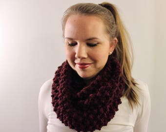 Knitted Infinity Scarf in Maroon {Wool Scarf, Chunky Knit Scarf, Maroon Scarf}
