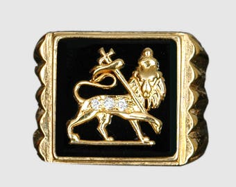 The Gold and Diamond Lion of Judah Ring