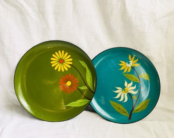 Vintage Round Green Turquoise with Flowers Serving Tray / Set of 2