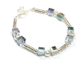 Bracelet Crystal cube beads faceted and silver metal