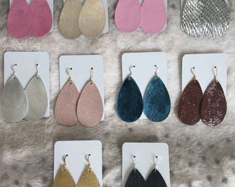 Leather earrings, Multiple colors, lightweight and handmade.