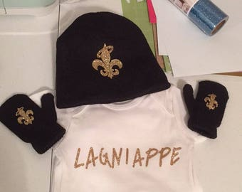 Langiappe Onesie and fleur de lis hat and mitton set