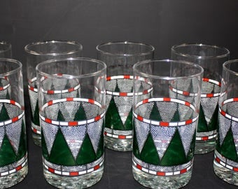Christmas Vintage Red and Green Drinking Glasses Set of 8