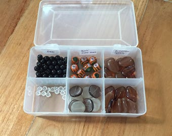 Assorted glass carbouchons