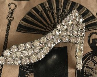 Rhinestone high-heel shoe brooch