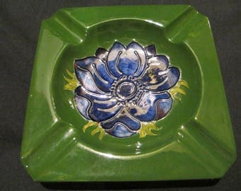 Moorcroft,Anomone pattern square ashtray, good overall condition