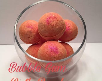 Bubble Gum Bath Bomb