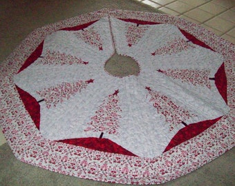 """64"""" Larger Christmas Tree Skirt - #15L - Reversible, Quilted"""