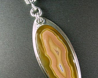 COLLECTOR coyamito designer agate cabachon commercial bale (5mm wide) 925 sterling silver ooak pendant Chelle' Rawlsky gift boxed free ship