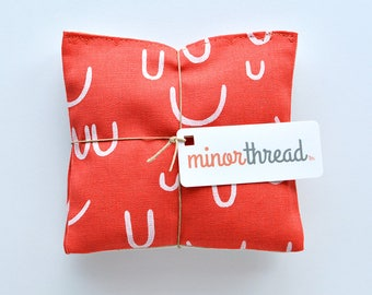 Organic Lavender Sachets in Arroyo AOU in Tomato Red and Natural Linen Set of 2 Lavender Scented Pillows Natural Home