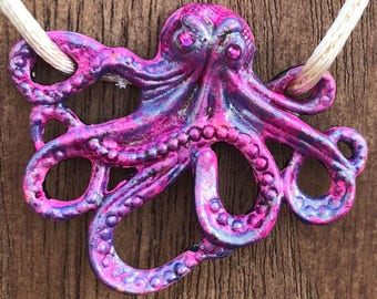 Necklace Prim  the Octopus Pendant in Pink Lavender, and Purple Camo