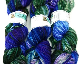 SALE Worsted Wt Singles Yarn, 'Daphne'- Superwash Merino, Nylon 240 yds/3.5 oz