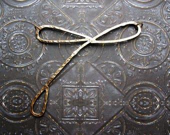 Hammered Antiqued Brass Dragonfly Centerpiece - 3 inches - 14 gauge