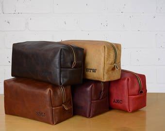 Leather travel bag Toiletry Bag Leather dopp kit Shaving | Free Monogram | Opt.Int. Message Gift for Man Groomsmen Wedding Grad Large