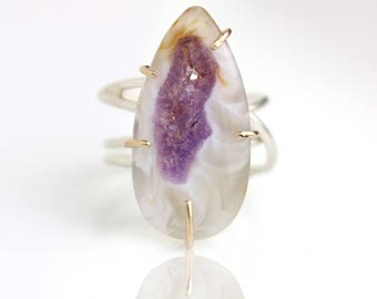 Amethyst Geode Slice Statement Ring on Swirled Band. US Size 6 1/2.