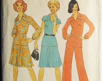 60% OFF SALE 1970s Vintage Sewing Pattern Simplicity 7299 Misses Dress or Top & Pants Pattern Size 10 Bust 32 1/2