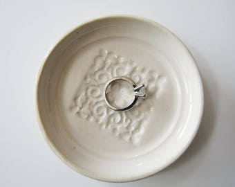 Ring Dish, spoon rest or tea bag holder, glazed in white