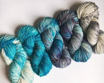 preorder AQUA DELIGHT Comfort Fade Cardi Kit Posh Worsted Merino Cashmere Nylon Yarn