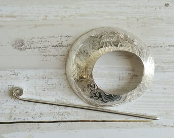 Floral Sterling Silver Shawl Brooch Circle Pin