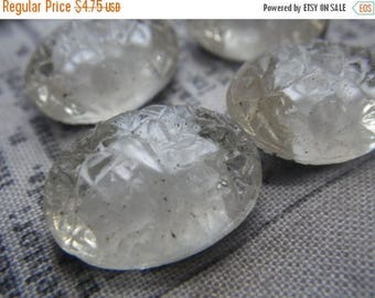 SALE 20% Off White on White Givre Vintage 18x13mm Oval Sugar Stone Glass Foiled Doublets 4 Pcs