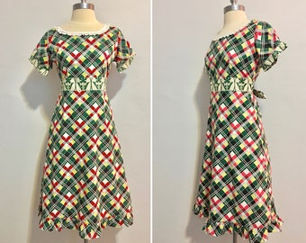 Vintage Inspired  Unique Design Handmade Bright Graphic Print Day Dress Size Small