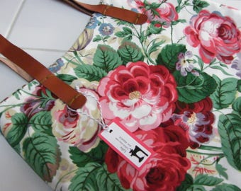 Free shipping Green with Roses Patchwork Handmade Bag with Vegan Leather Handles