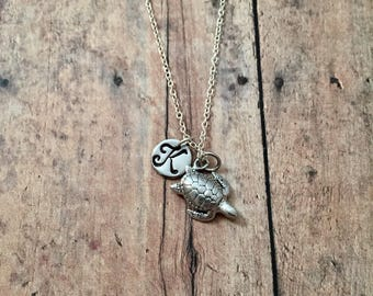 Sea turtle initial necklace - turtle jewelry, sea turtle necklace, diver jewelry, ocean necklace, silver sea turtle necklace, Hawaii jewelry