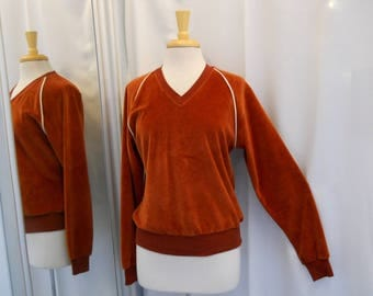 Vintage 1970s 70s Velour Shirt Brick Red Velour Top 70s Style 70s Fashion Long Sleeve Athleisure Style 70s Sportswear 70s Casual Size S - M