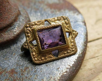 Antique Victorian Amethyst Brooch, Pin, Petite ... Turn of the century vintage jewelry
