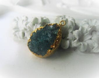 Emerald Druzy Pendant Green Teardrop Pendant Drusy Pendant May Birthstone Item No. 4420-0587-13-0263