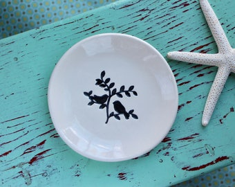 2 Love Birds on Small Round Ceramic Dish, Trinket Dish with 2 Birds on a Branch, 2 Birds on a Branch Ring Dish