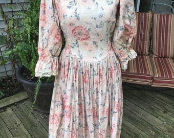 Vintage Coral and Grey Floral Print Cotton Dress