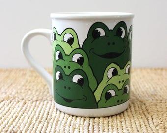 Frogs. Vintage 1980s mug, Japan.