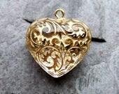 Boho Charms, Etched Beads, Carved Beads, Patterned Beads, Heart Charms, Lucite Beads, Vintage Beads, Crystal Gold, Boho Beads, 8 Beads