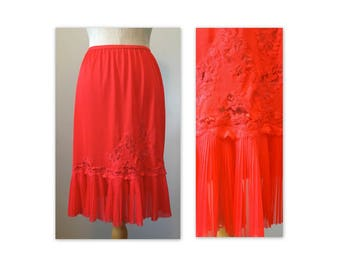 Vintage 60s Vanity Fair Lacy Half Slip S in Red with pleated flounce