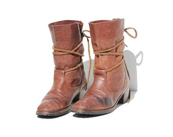 Vintage Italian Brown Leather Ankle Tie Boots / size 10