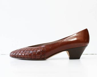 1970s Chestnut Brown Woven Flats