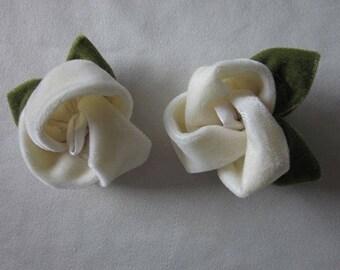 2 pc Cream Rose Velvet Fabric Flower Applique w Leaf Leaves Hat Corsage  Baby Bridal Hair Accessory