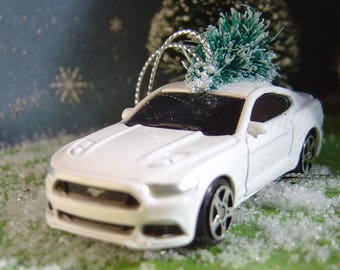 2015 Ford Mustang GT with Christmas tree ornament