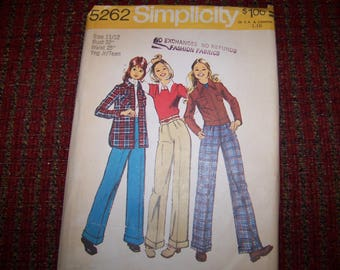 SIMPLICITY 5262 uncut and good envelope