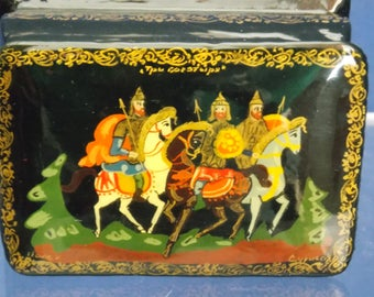 Two Vintage Russian Hand Painted Lacquer Tricket Boxes - FREE SHIPPING