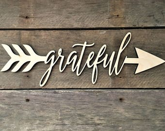 Grateful Arrow Word, Wall Decor, Wall Hanging, Inspirational, Teens Room, Childs Room, Classroom