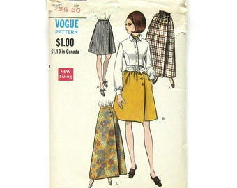 1960s Vintage VOGUE Sewing Pattern / A-Line Wrap Skirt with Pockets / Maxi Skirt / Vogue 7450 / Size 25.5 Waist / UNCUT FF