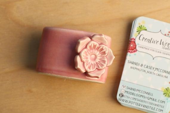 Pink vertical business card holder