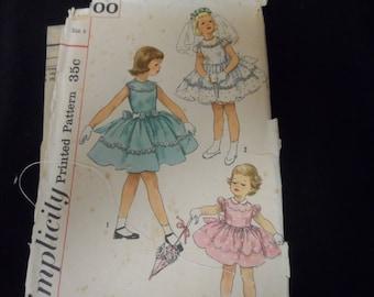 Simplicity 1900 Girls Vintage Dress  Pattern Size 4  Party Dress