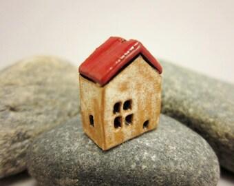 Terracotta House Focal BEAD...Eggshell / Red