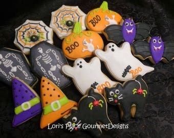 Haloween Cookies - Ghosts - Pumpkins - Bats - Witch Hat - Spider Web - Cat -  Casket - 14 oookies