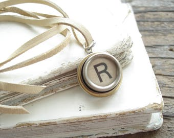 Typewriter Key Jewelry. Letter R Necklace. Vintage Typewriter Key Necklace. Personalized Initial. Adjustable Leather Necklace. Unisex Gift.